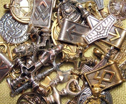 Амулеты-обереги из серебра