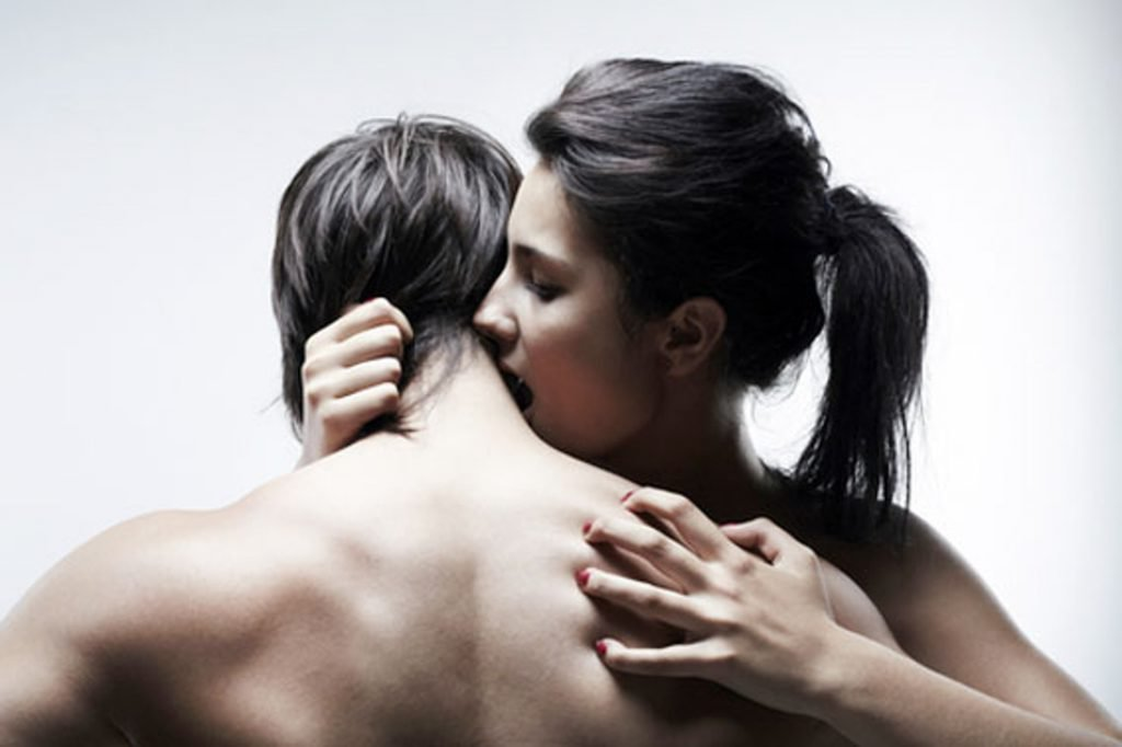 bolshie-siski-zrelie-lesbiyanki