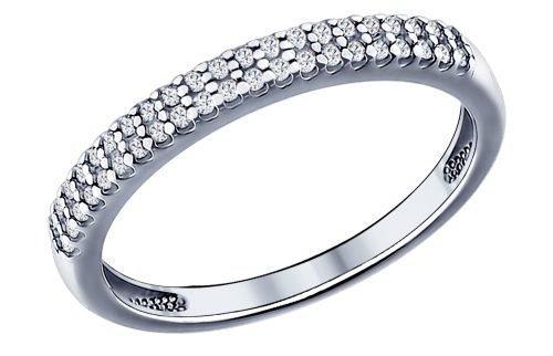 Для приворота на личные вещи понадобится серебряное кольцо