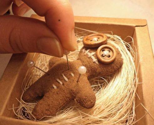 Самодельная кукла вуду