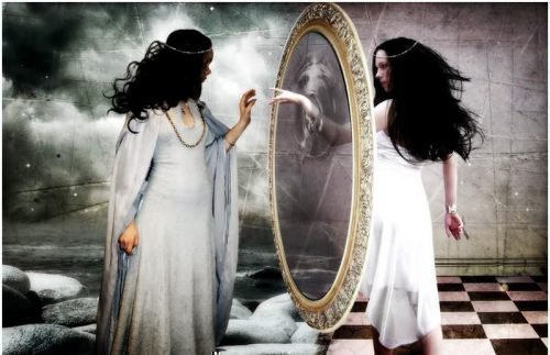 Душа проникает в зеркало
