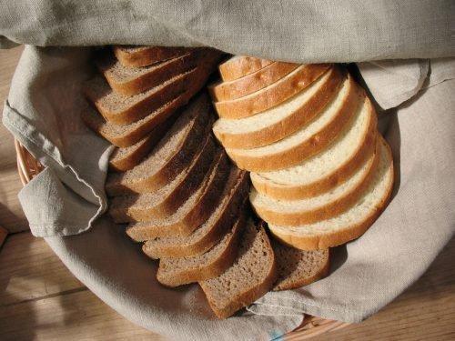Хлеб в полотенце