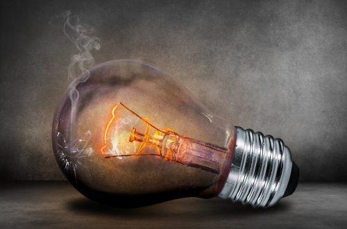 Перегоревшая лампочка