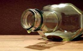Приметы о пустой бутылке на столе