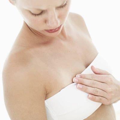 Приметы о прыщах на груди у женщины