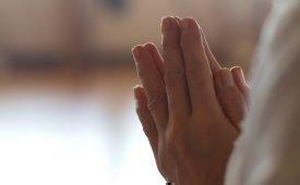 Молитва для избавления боли в суставах