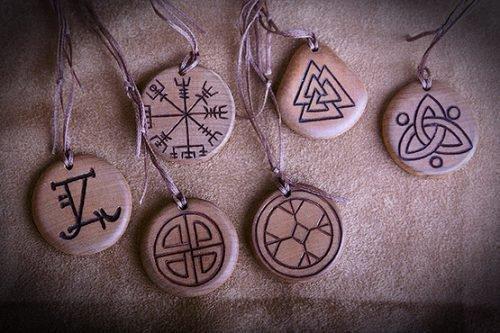 Магические талисманы и амулеты