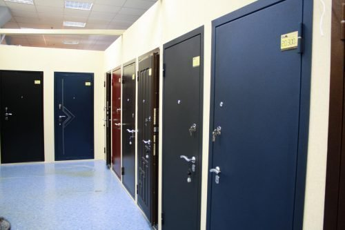 Металлическая дверь для защиты