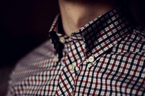 Пуговица, которую вы пришьете на рубашку мужчины, усилит обряд
