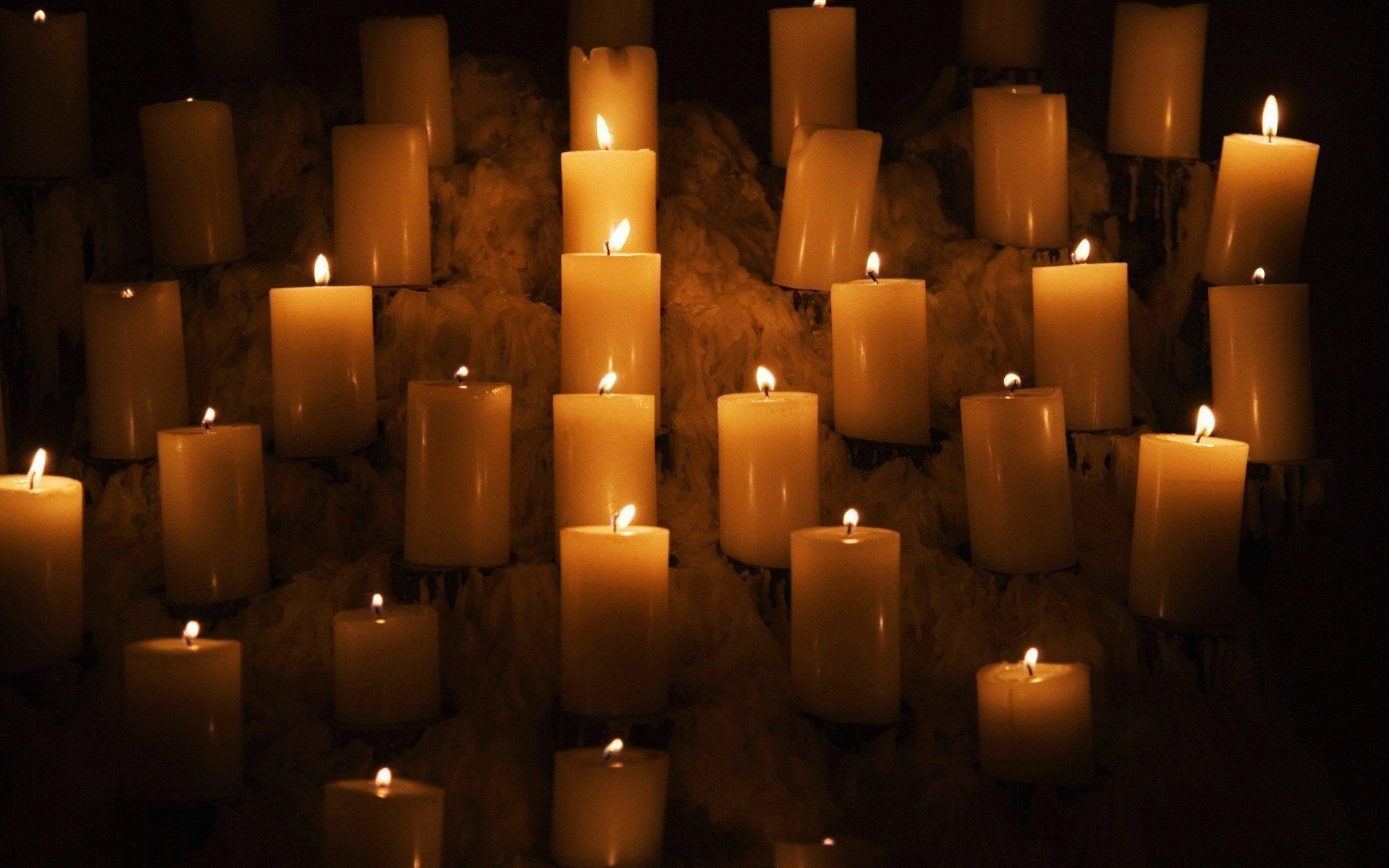 Приворот с помощью белой свечи