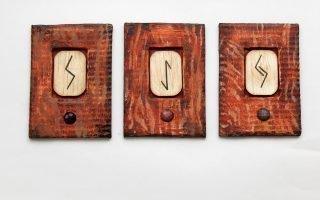 Как погадать на трех рунах