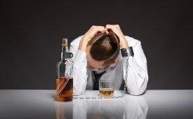 Справится ли гипноз с алкоголизмом