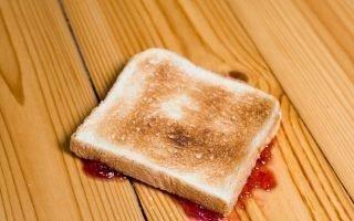 Упал хлеб: что говорят поверья