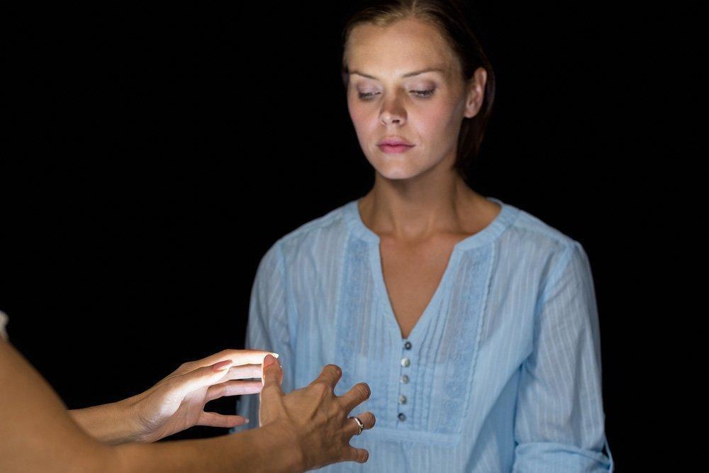 Чем опасен гипноз для психики человека - опасен ли гипноз для человека