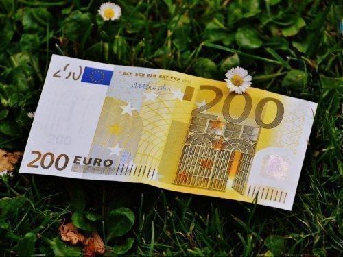 Что делать с найденными деньгами